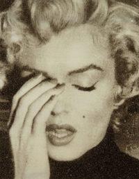 Marilyn Crying (Gold Diamond Dust)
