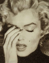 Marilyn Crying (Gold Diamond Dust)